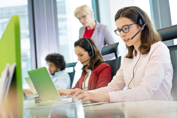 Coaching Call Center Staff - 9 Effective Training Techniques