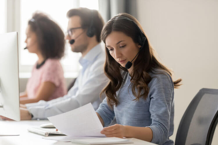 How to handle customer service complaints
